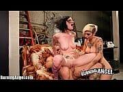 Amigas punk fazendo sexo grupal
