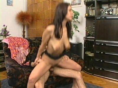 Morena fazendo sexo selvagem ate gozar muito