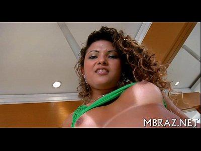 Sheila fudendo gostoso com filme porno brasileiro