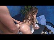 Famosa Jordana James fazendo sexo na mesa de massagem