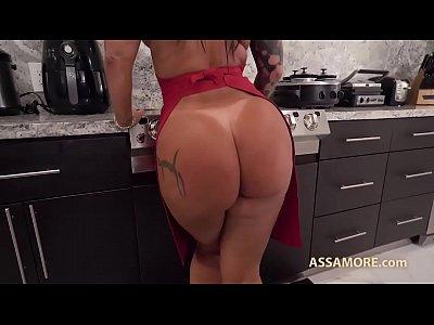 Monica Santhiago transando em filme porno