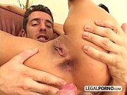Video HD com morena fazendo sexo anal