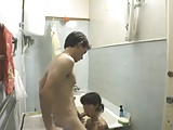 Novinha de Salvador Transando no Banheiro