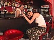 Dono do bar comendo a gostosa bêbada