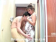 Novinho dando uma surra de rola na sua tia putona