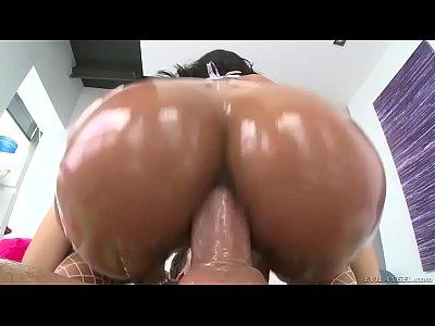 Porno Brasil com Angel Costa dando o cu e gozando
