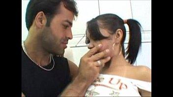 Filme porno nacional com brasileira gostosa tomando no anus