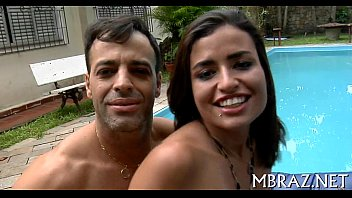 Porno brasileiro com uma moreninha sacana
