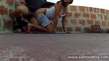 Sexo na laje com uma favelada carioca gostosa