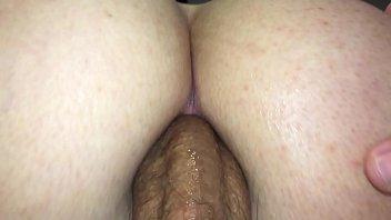 Fudendo o cu da cunhada branquinha