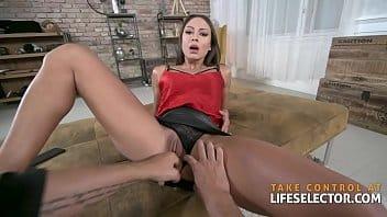 Sexo anal e vaginal com gostosa da xoxota peludo