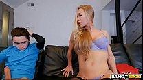 Nicole Anistons fazendo sexo com um novinho sortudo