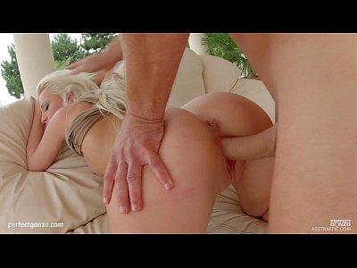 Acordando a amante para um sexo gostoso pela manha