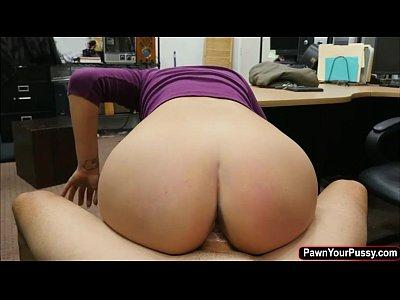 Bunduda talentosa gravando porno brasil a beira da piscina